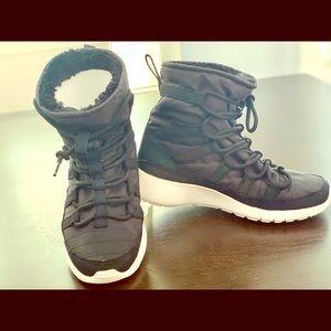 Nike girls/boys winter boot